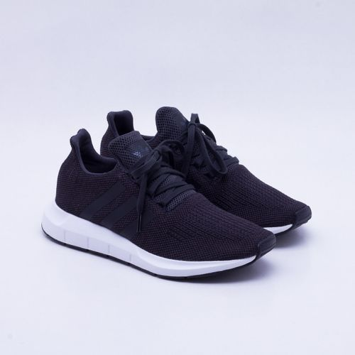 3f0fd2c39b Tênis Adidas Swift Run Originals Masculino