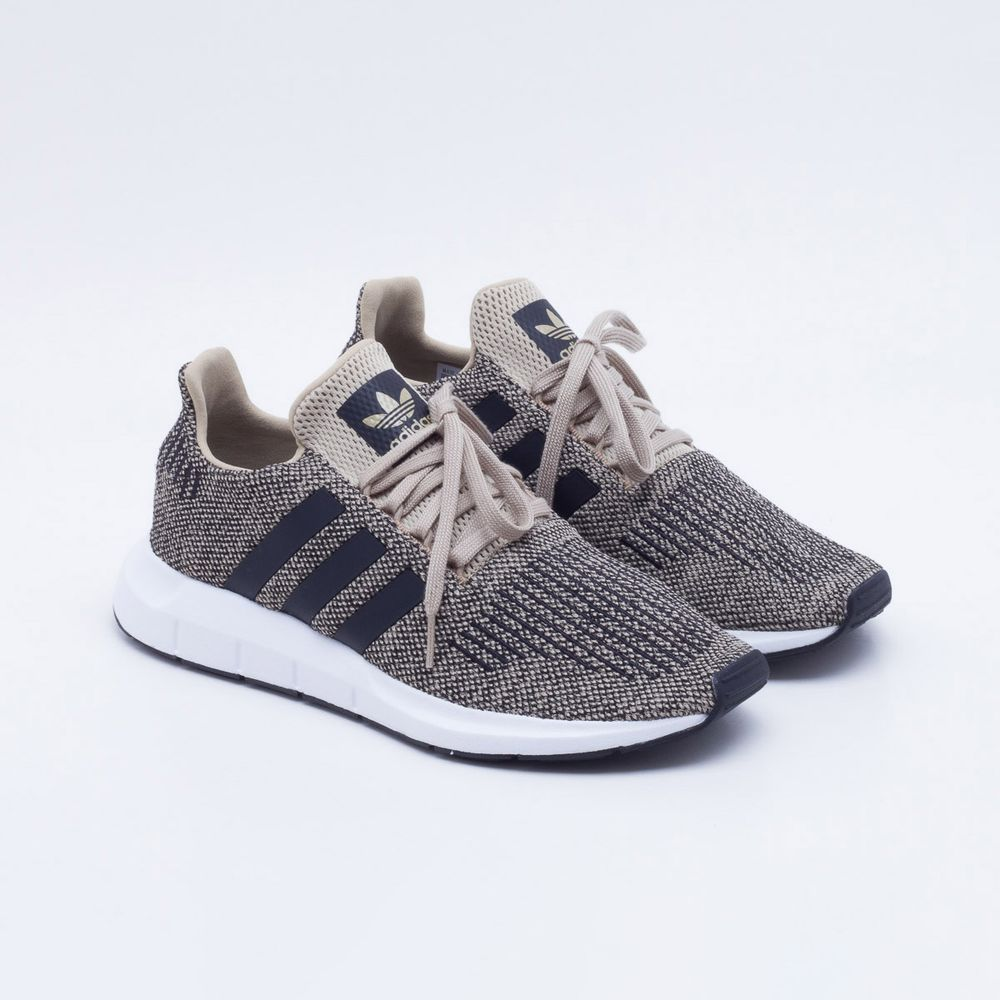 Tênis Adidas Swift Run Originals Masculino Bege - Gaston - Paqueta ... 5b22a22093bd8