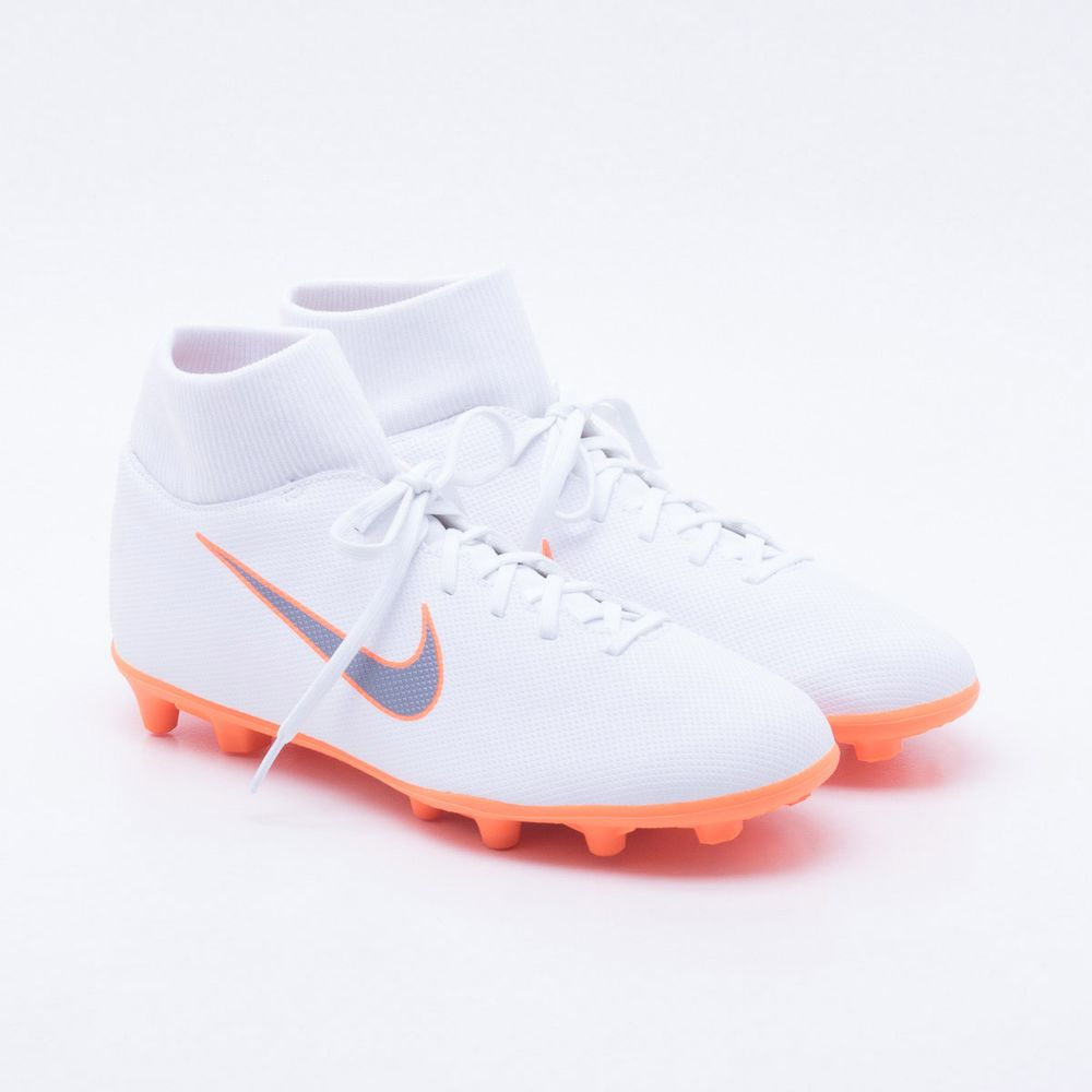 Chuteira Campo Nike Mercurial Superfly 6 Club FG Branco e Laranja ... 139343864334c