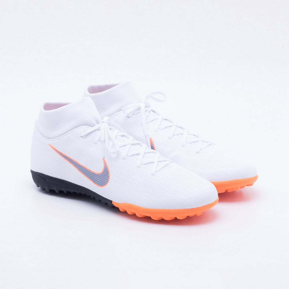 Chuteira Society Nike Mercurial SuperflyX 6 Academy TF Branco e ... 6f1ba5e4e7536