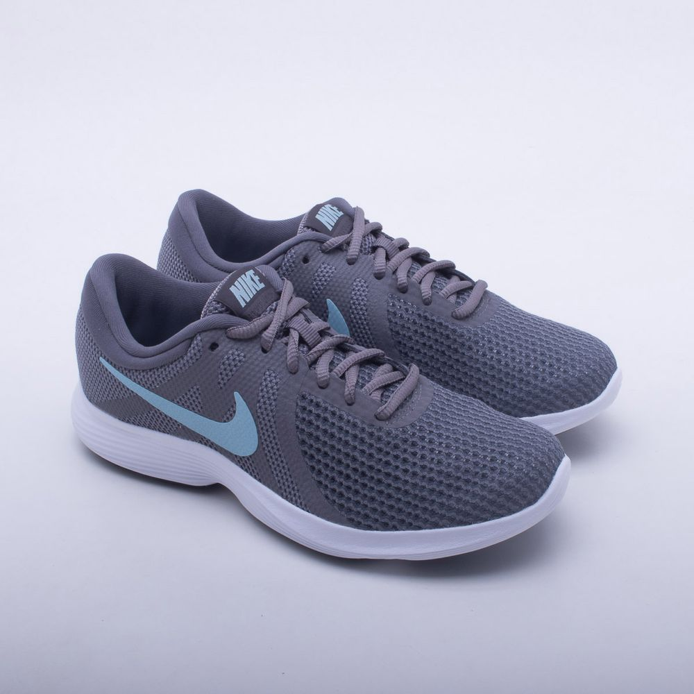 99775d7eaa Tênis Nike Revolution 4 Feminino Cinza - Gaston - Paqueta Esportes