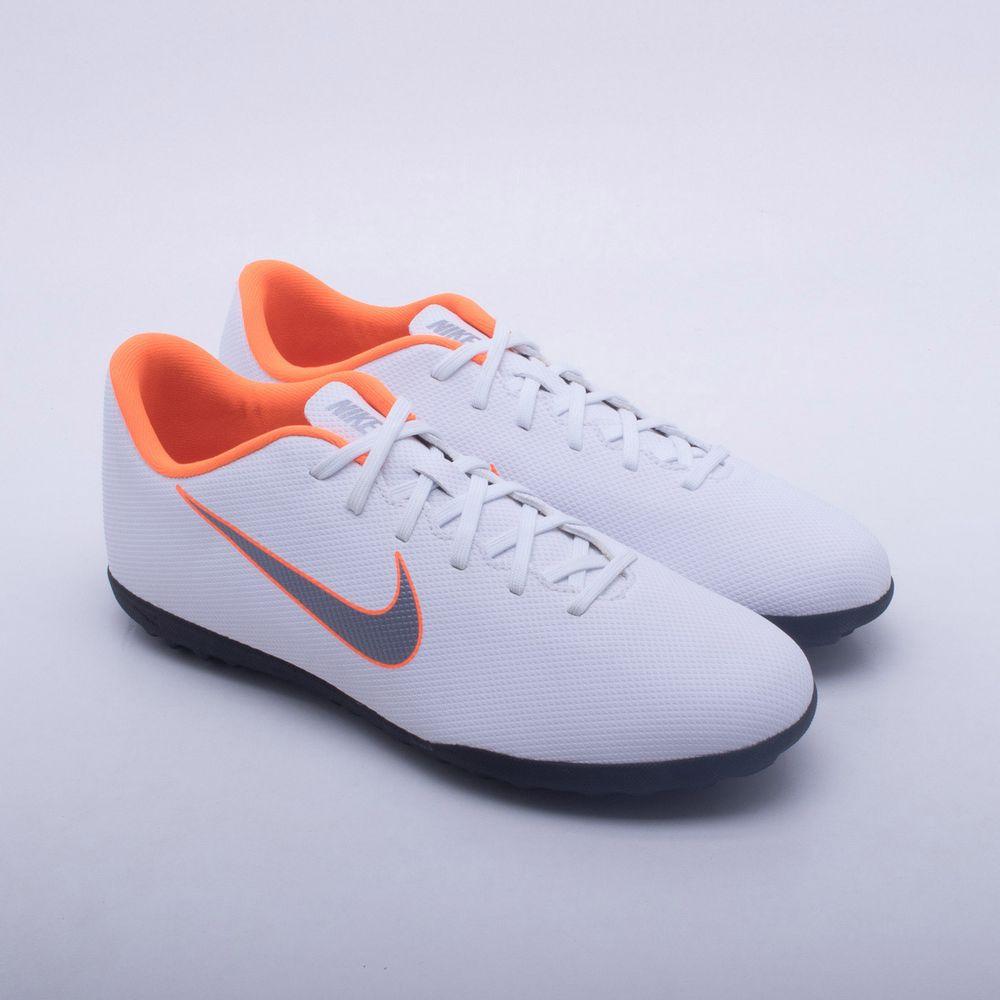 Chuteira Society Nike Mercurial VaporX 12 Club TF Branco e Laranja Neon -  Gaston - Paqueta Esportes e8ce6cc2d4131