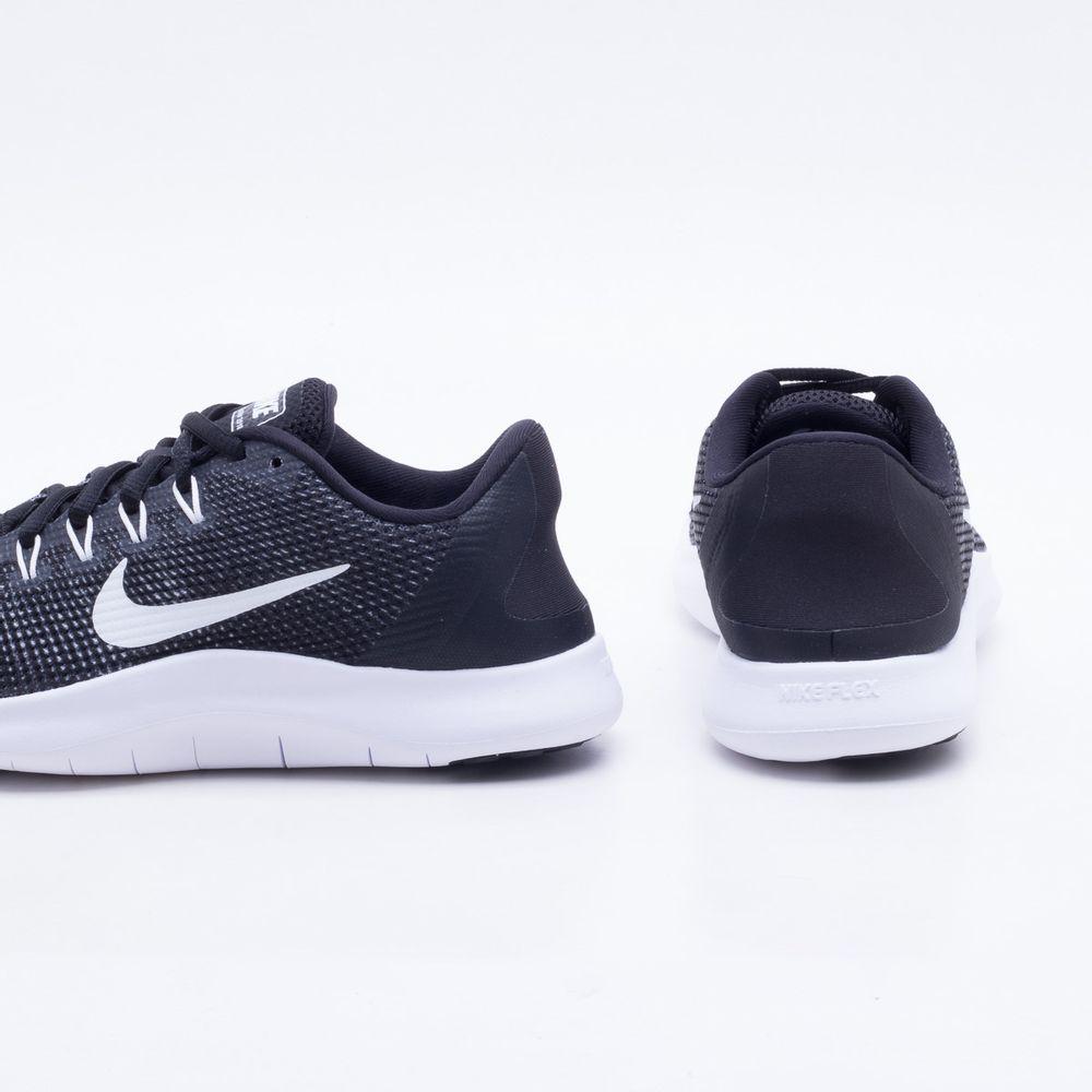 ef320a3616e27 Tênis Nike Flex RN 2018 Feminino Preto e Branco - Gaston - Paqueta ...
