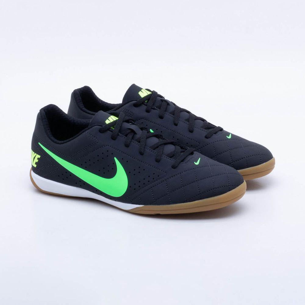118370bd591 Chuteira Futsal Nike Beco 2 Preto e Verde - Gaston - Paqueta Esportes