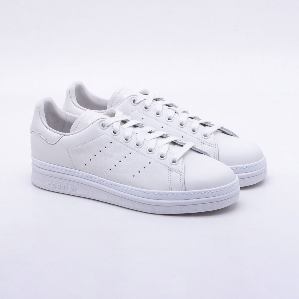 b42f402297a Tênis Adidas Stan Smith New Bold Originals Branco Feminino Branco ...