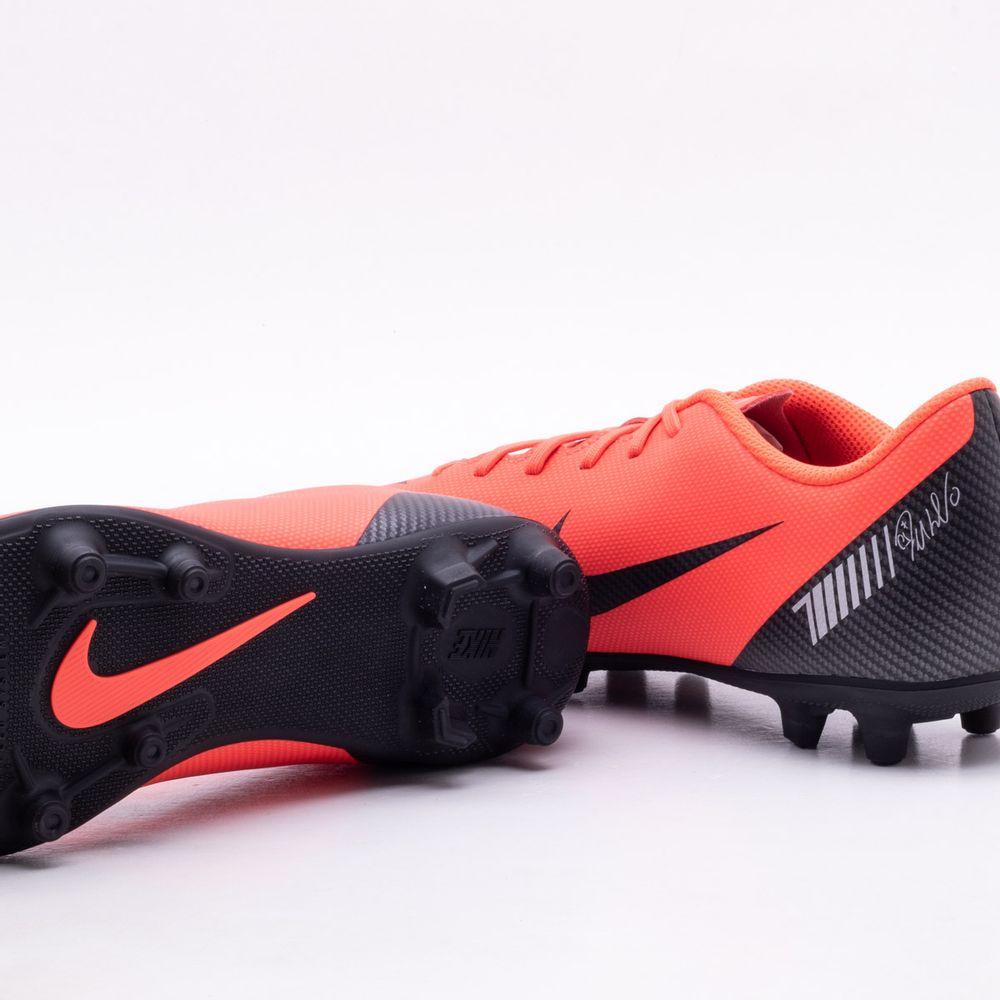 f8c161d8c9 Chuteira Campo Nike MercurialX CR7 Vapor 12 Club MG Vermelho e Preto -  Gaston - Paqueta Esportes