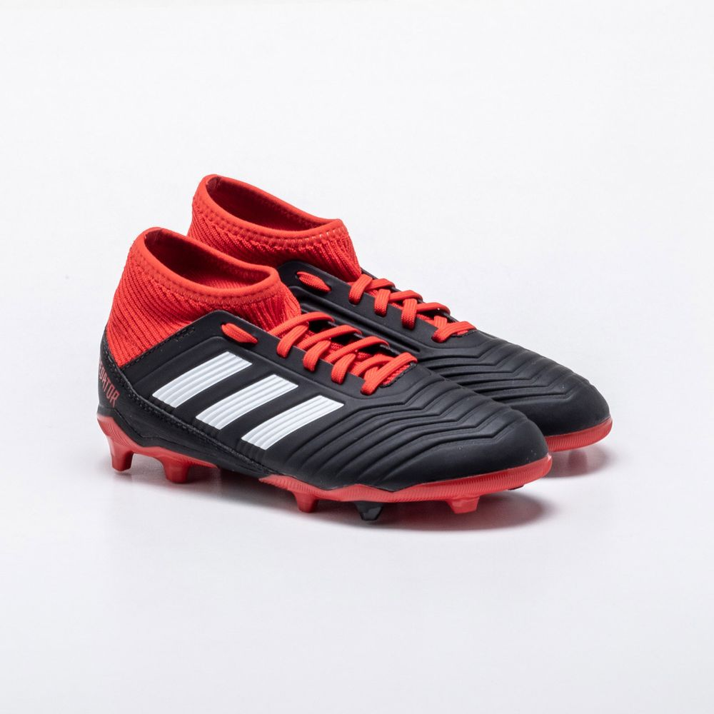 7be0631b1f Chuteira Campo Adidas Predator 18.3 FG Infantil Preto e Vermelho ...
