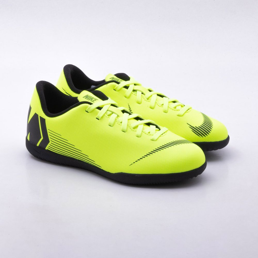 201462cf6e172 Chuteira Futsal Nike MercurialX Jr Vapor XII Club IC Infantil Verde ...