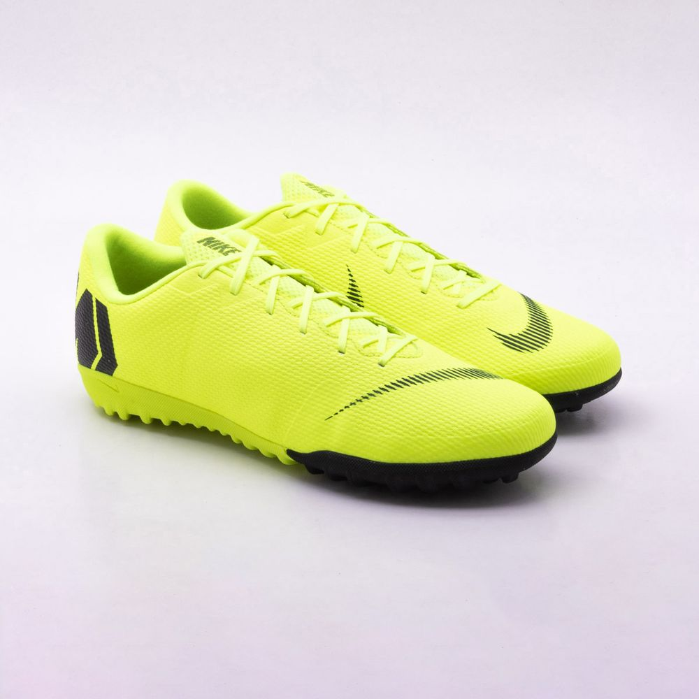 903a465f28 Chuteira Society Nike MercurialX Vapor 12 Academy TF Amarelo ...