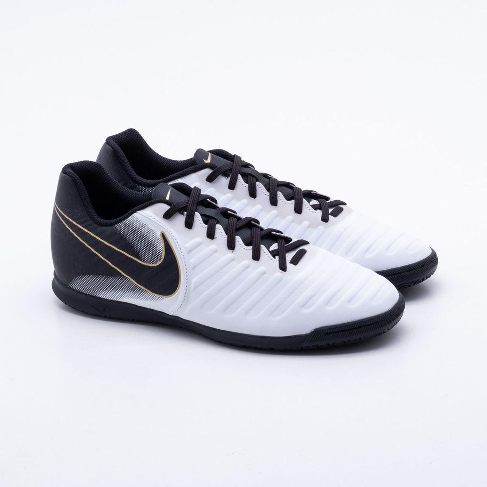 e2da0cc6f7 Chuteira Futsal Nike TiempoX Legend VII Club IC Branco e Preto ...