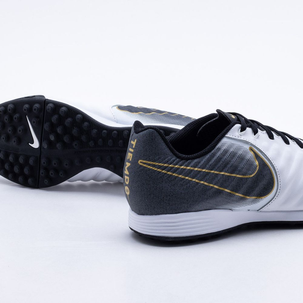 25b44fcee Chuteira Society Nike TiempoX Legend VII Academy TF Branco e Preto ...