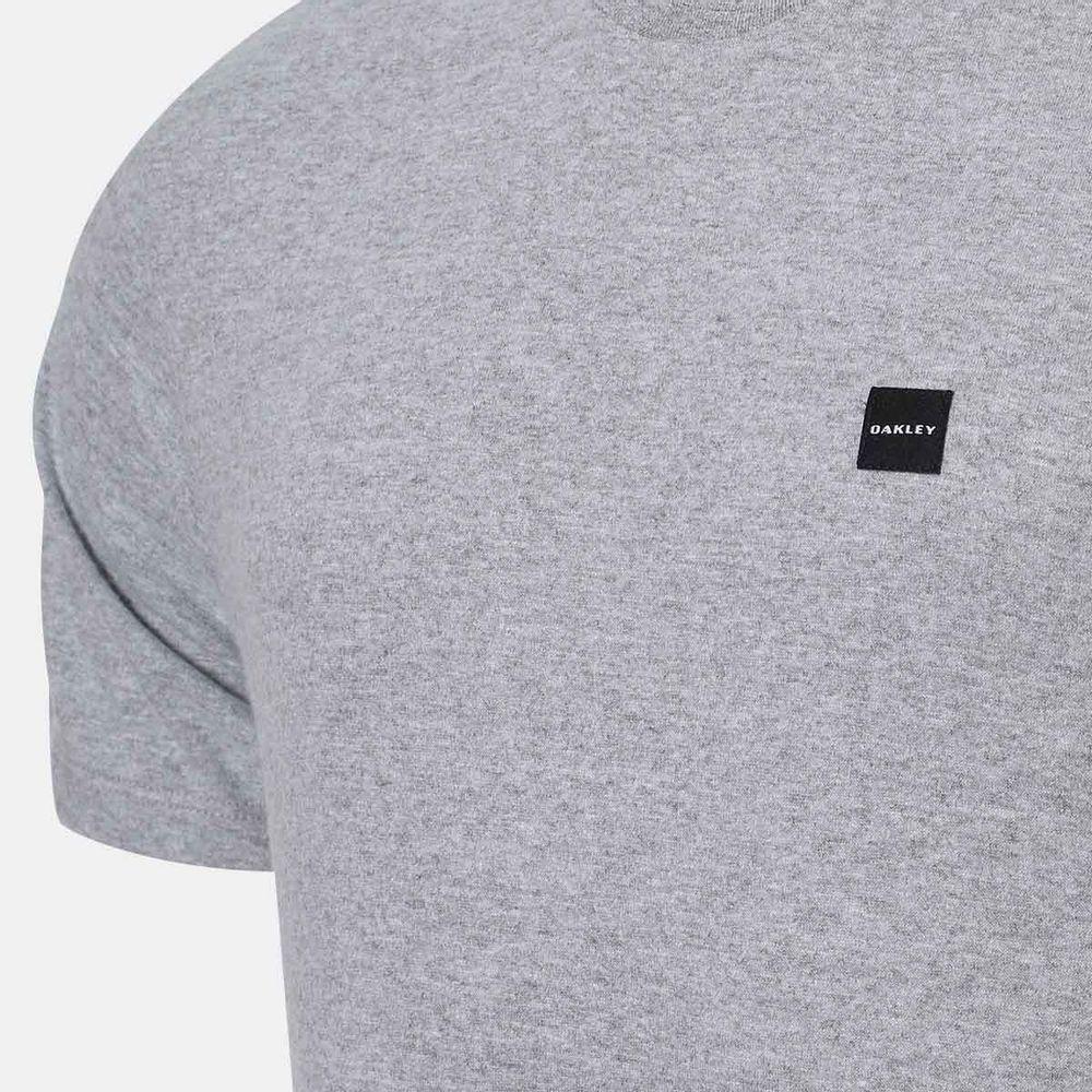 Camiseta Oakley Patch 2.0 Tee Cinza Masculina Cinza - Gaston - Paqueta  Esportes 869a6726313d4