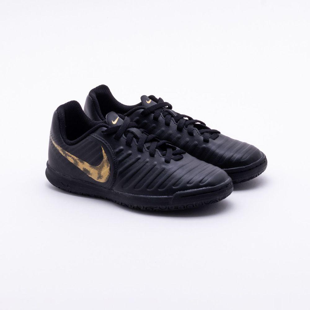 8238be1b4e Chuteira Futsal Nike Tiempo Legend 7 Club Infantil Preto e Dourado ...
