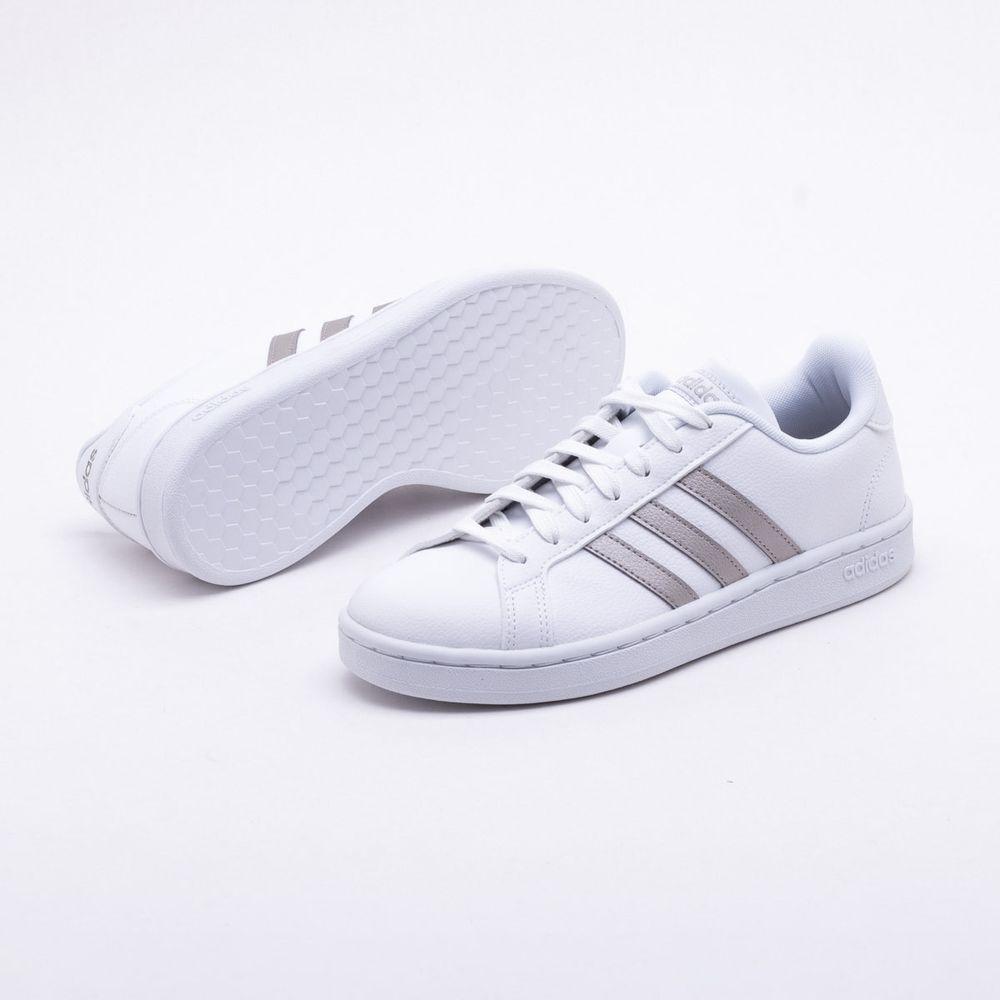 a563211e54 Tênis Adidas Grand Court Branco Feminino Branco e Prata - Gaston ...