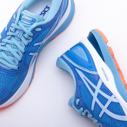 b3b0b2a9c2a75 Tênis Asics Gel Nimbus 21 Feminino Azul e Branco - Gaston - Paqueta Esportes