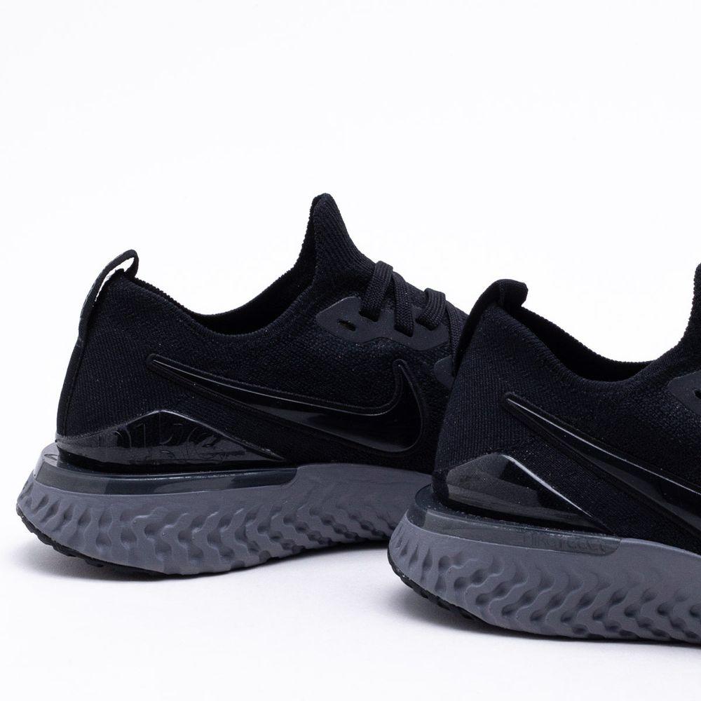 8c43db2b11 Tênis Nike Epic React Flyknit 2 Masculino Preto e Cinza - Gaston ...
