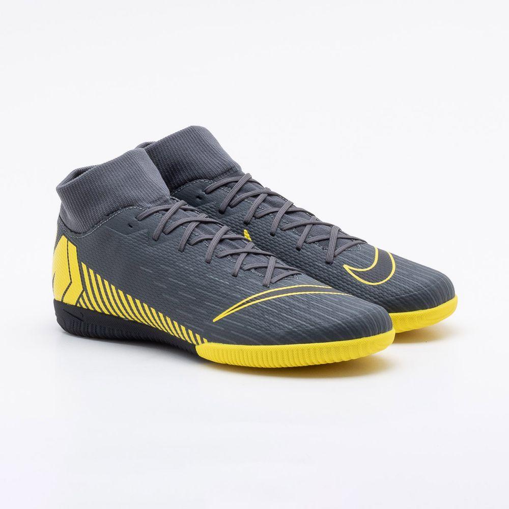 bb2c2154a7e Chuteira Futsal Nike Superfly 6 Academy IC Cinza - Gaston - Paqueta ...