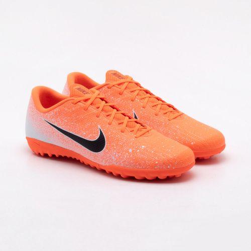 7136aff6ec118 Chuteira Society Nike Mercurial Vapor XII Academy Laranja