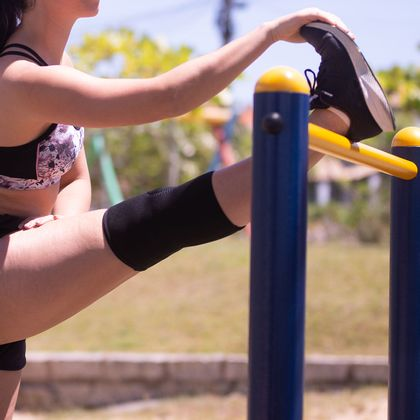 Joelheira Hidrolight Lisa Preta